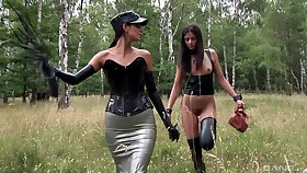 Slutty girls Uncalculated and Lucy Li have anomalous lesbo sex in outdoors