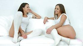 Lesbo cuties Amirah Adara and Suzy Rainbow love eating each other
