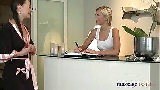 An oily massage between lesbians - our KIK milalolixxx