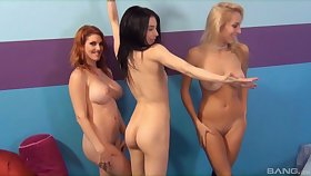Uninteresting shacking up on be passed on bed between four charming lesbo pornstars